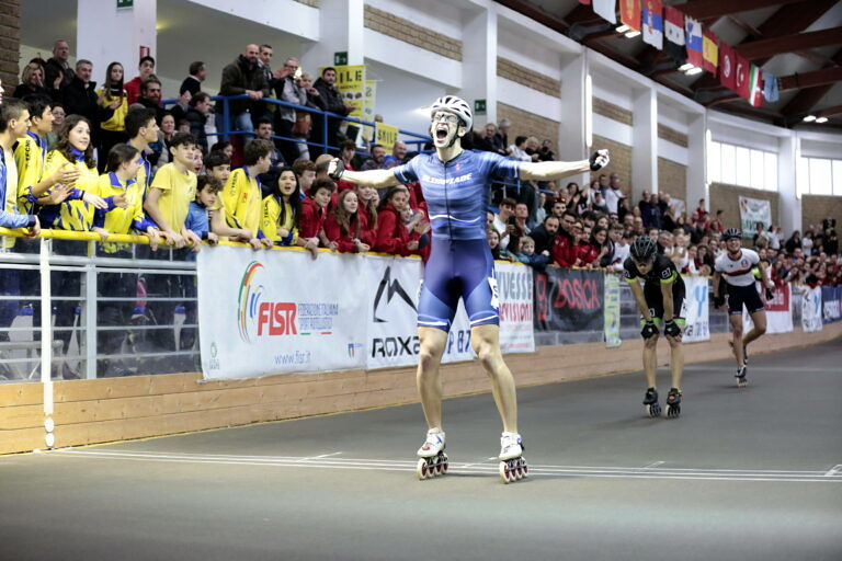 Pattinatori Bosica e Olimpiade Siracusa vincono le Americane ma il titolo a squadre va a Bellusco
