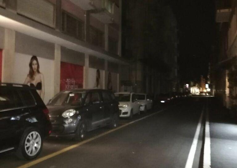 """Pescara: """"Black-out di notte e lampioni accesi di giorno""""-FOTO"""