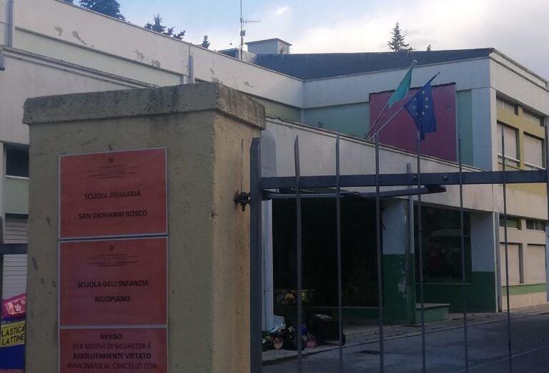 Pescara, scuole della zona ospedale chiuse: a rischio anche la Michetti