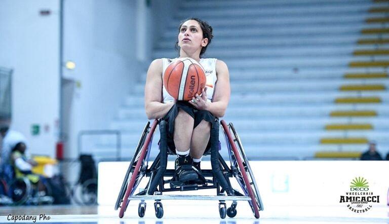 Basket in carrozzina, l'Amicacci batte Santa Lucia Roma: play off più vicini