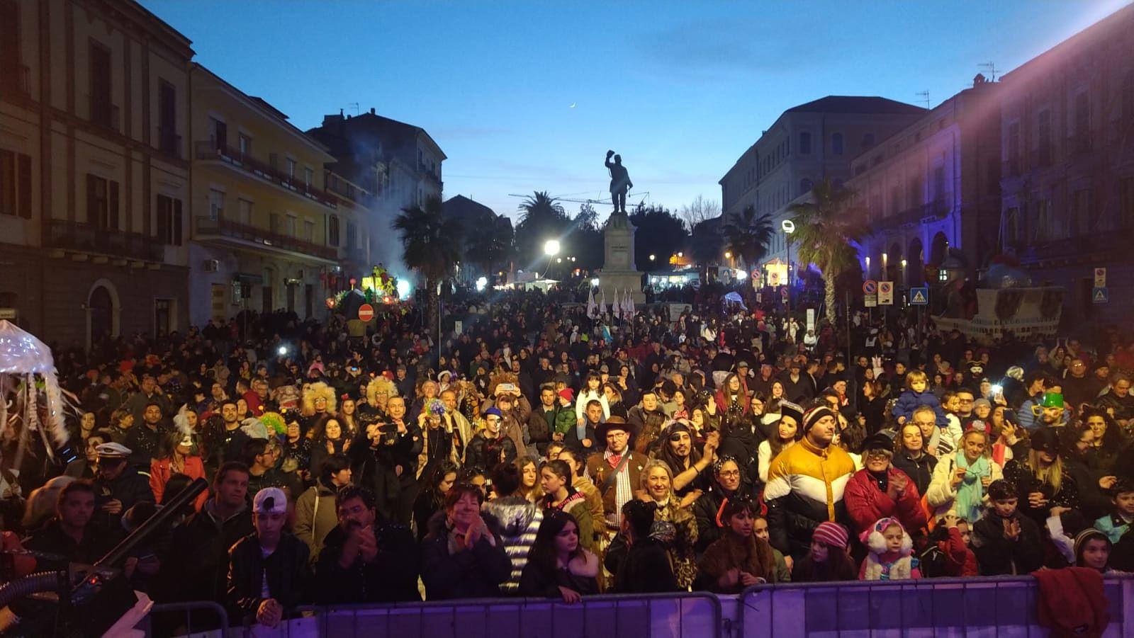 carnevale giulianova piazza
