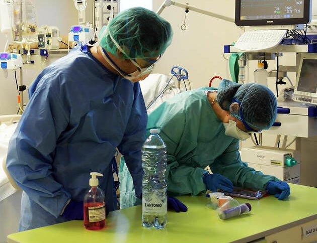 Covid, task force per l'Abruzzo: 2300 domande tra medici e sanitari