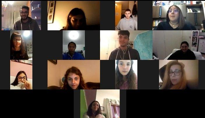 Atri: il corso di recitazione online delle scuole superiori continua, in tempo di crisi, online