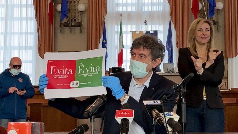 Coronavirus, all'Abruzzo il primo lotto di mascherine prodotte dalla Fater