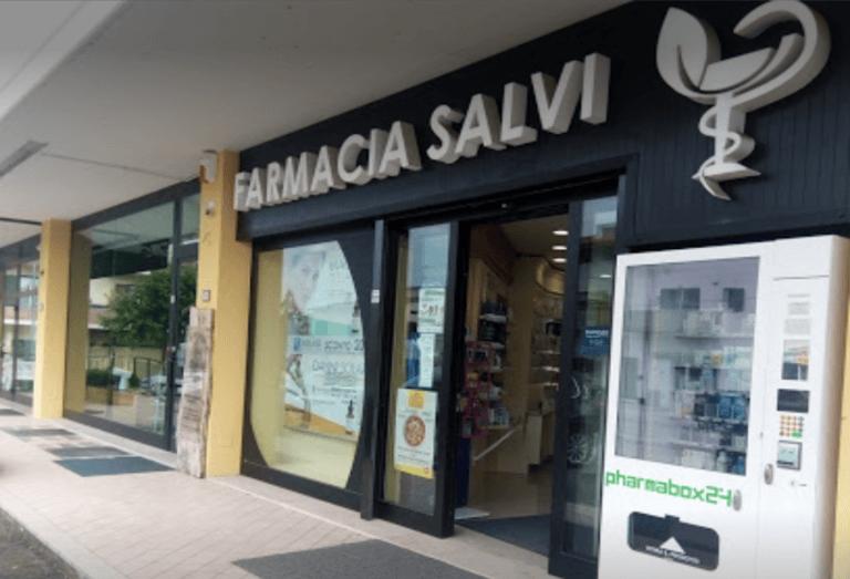 Corropoli, spaccata notturna nella farmacia del Bivio: ladri incappucciati