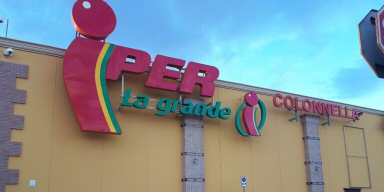 Città Sant'Angelo, licenziamenti IperConad: il centro sinistra unito al fianco dei lavoratori