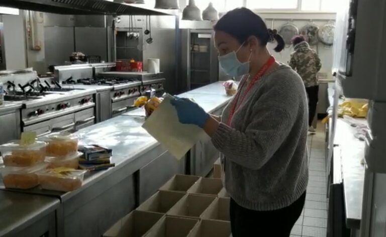 Roseto, consegnati ieri dalle Guide del Borsacchio 60 pacchi di generi alimentari. Aiutate 170 persone