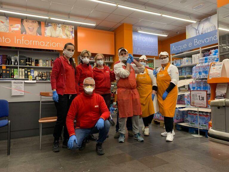 Pescara, Coronavirus: in via Milano la spesa sospesa per indigenti e senzattetto