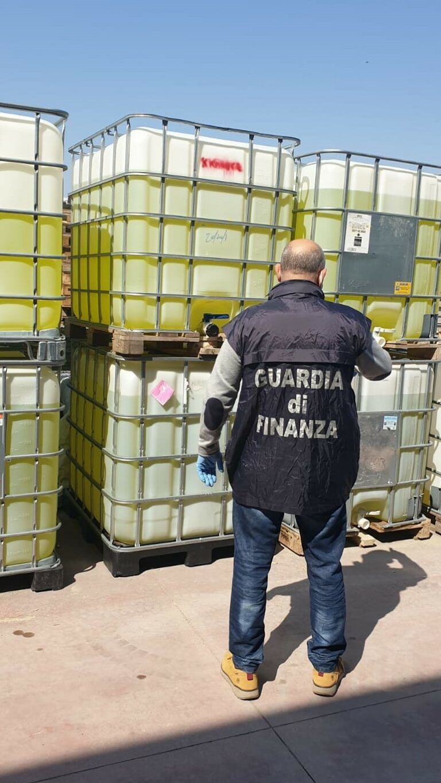 Disinfettanti non conformi, sequestri a Sant'Egidio, Pineto e Bellante