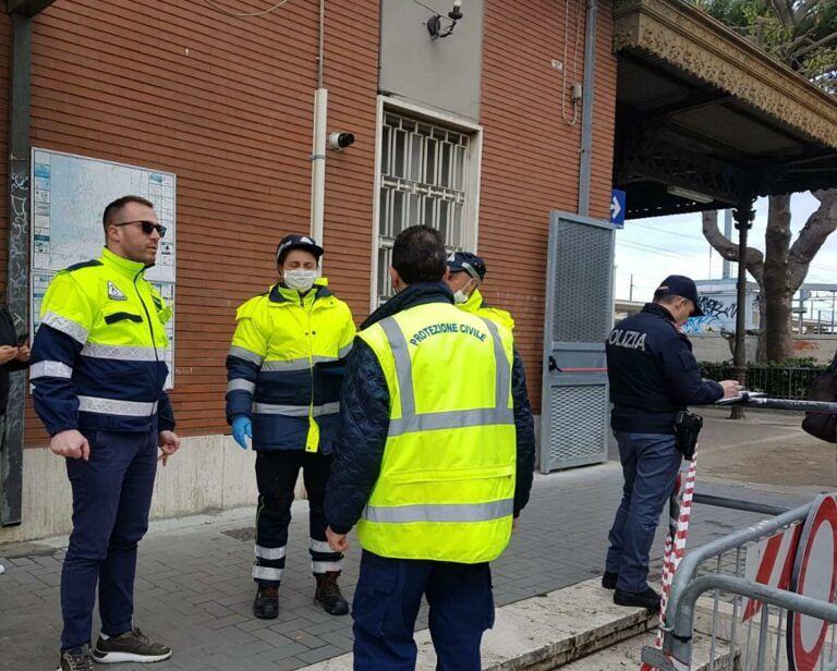 Giulianova, donna in attesa dei mezzi pubblici bloccata in stazione: era sospetta Covid