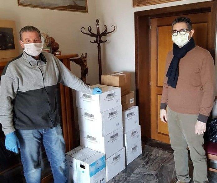 Sant'Omero, pacchi alimentari per i bisognosi: la donazione della Pro-loco di Garrufo