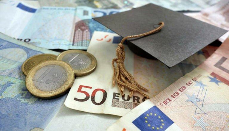 Borse di studio agli universitari abruzzesi. Pd: serve un cambio di rotta
