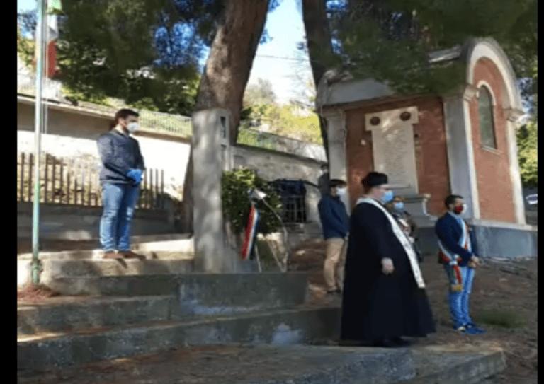 Castiglione, 25 aprile: ricordo per le vittime del Covid. Il sindaco: nessuna telefonata da Marsilio