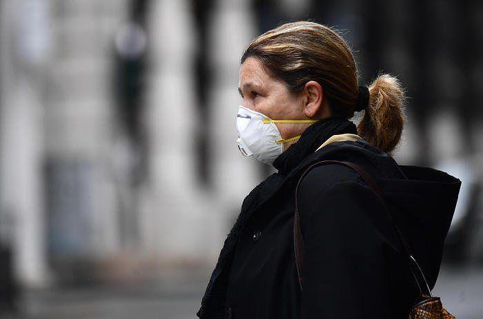 Coronavirus, nuove restrizioni: mascherina o sciarpa obbligatorie per Pescara, Montesilvano e Spoltore