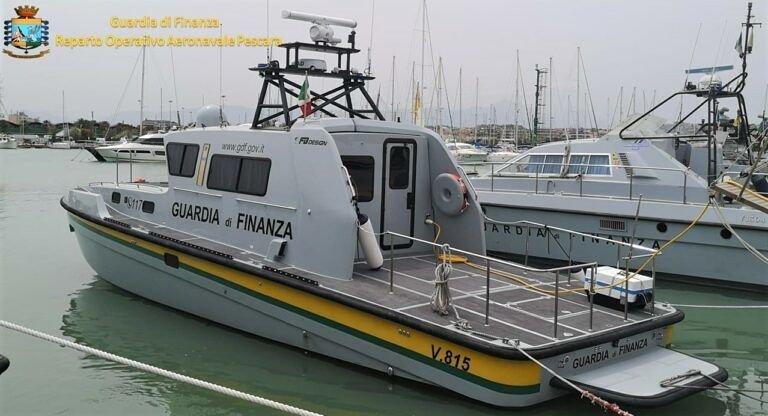 Pescara, una nuova motovedetta per la Guardia di Finanza
