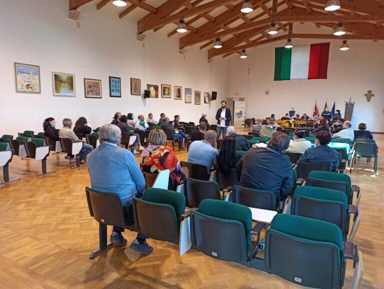 Civitella del Tronto, l'amministrazione comunale incontra i commercianti