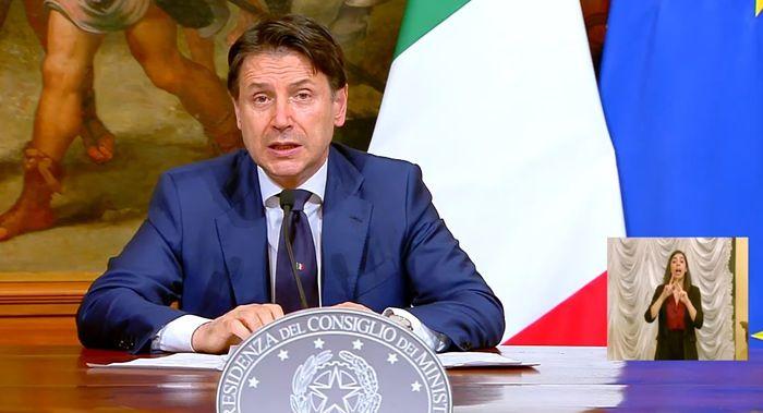 Emergenza Covid, firmato il nuovo Dpcm: nuove regole in vigore da lunedì