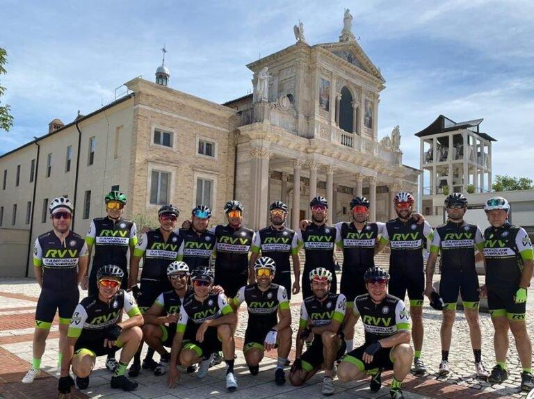 Rampliclub Val Vibrata: l'attività riprende con un pellegrinaggio in bici a San Gabriele