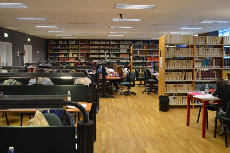 AlmaLaurea 2020, il 72% dei laureati dell'Università dell'Aquila trova lavoro dopo un anno