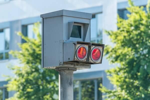 Pescara, dopo i T-Red arrivano gli autovelox ai semafori