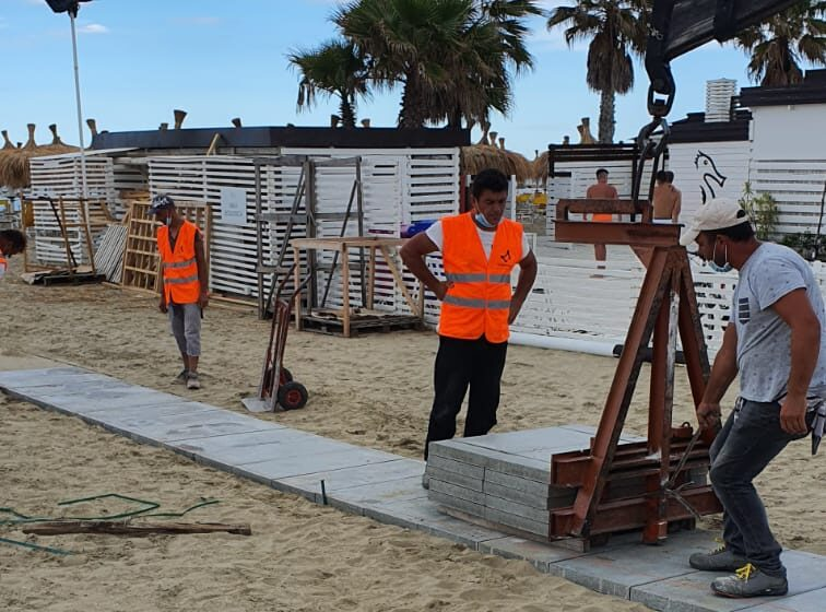 Pescara, nuove passerelle per disabili sulle spiagge libere