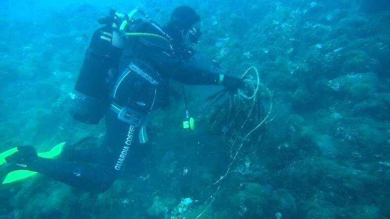 Giulianova, scatta l'Operazione Spazzamare per ripulire i fondali del mare dai rifiuti