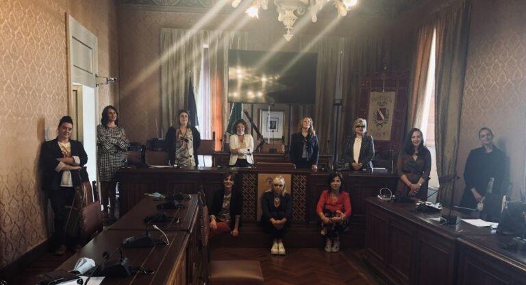 Teramo, passo indietro nelle pari opportunità con la crisi Covid: le Cpo provinciali unite per sostenere le donne
