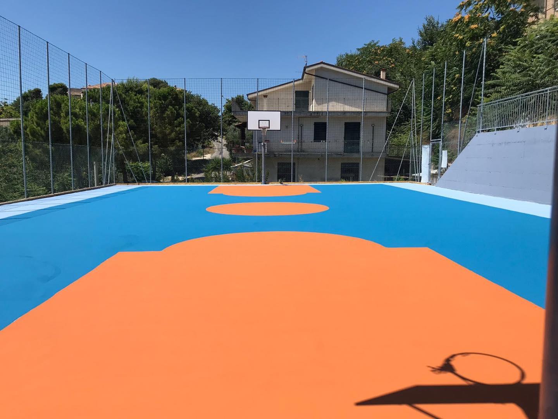Tennis service effettua campi polivalenti con il sistema MAPECOAT TNS REINFORCED