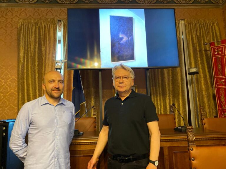 Pietracamela si rigenera con l'arte: al Palazzo Dionisi la mostra di Mariano Moroni