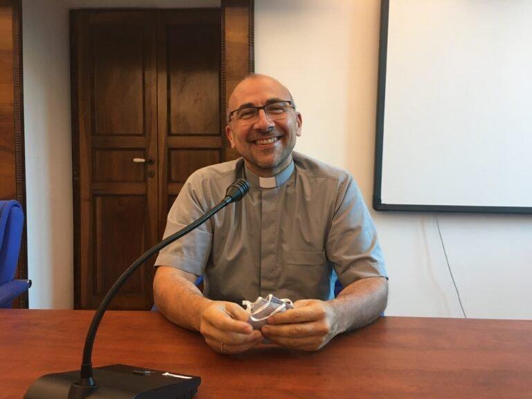 """Teramo, il nuovo direttore della Caritas don Enzo Manes: """"Raccolgo eredità importante di don Igor"""""""