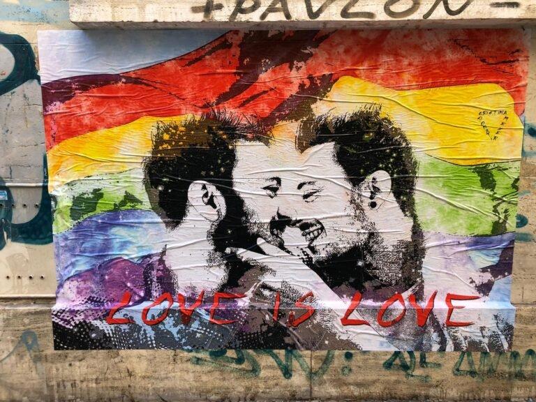 Pescara, street art in via Trieste contro l'omofobia