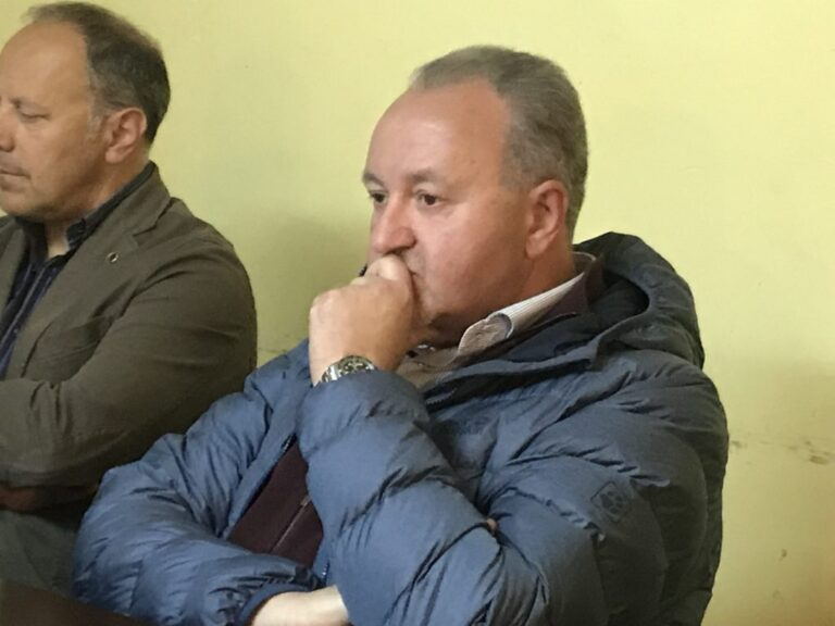 Migranti Pettorano, il sindaco lascia la Lega. La lettera di Marsilio