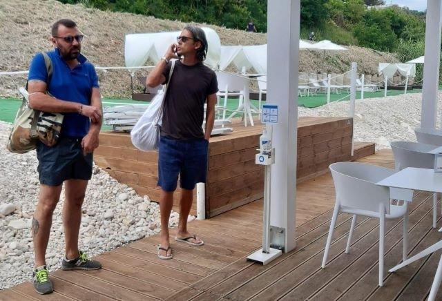 Pippo Inzaghi si concede un po' di riposo sulla Costa dei Trabocchi