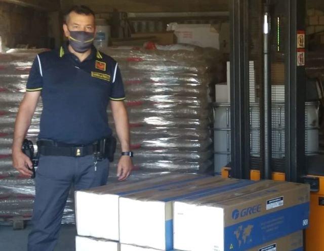 Casoli, vendeva stufe e pellet su Facebook di dubbia provenienza: scatta il sequestro