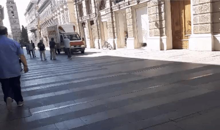 Teramo, veicoli vietati su Corso San Giorgio. Forse… FOTO