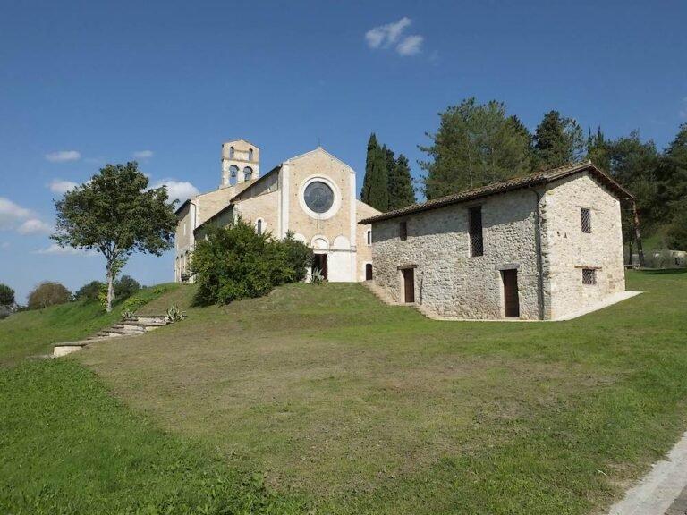 Castel Castagna: le telecamere di Rai 1 per la messa a Santa Maria di Ronzano