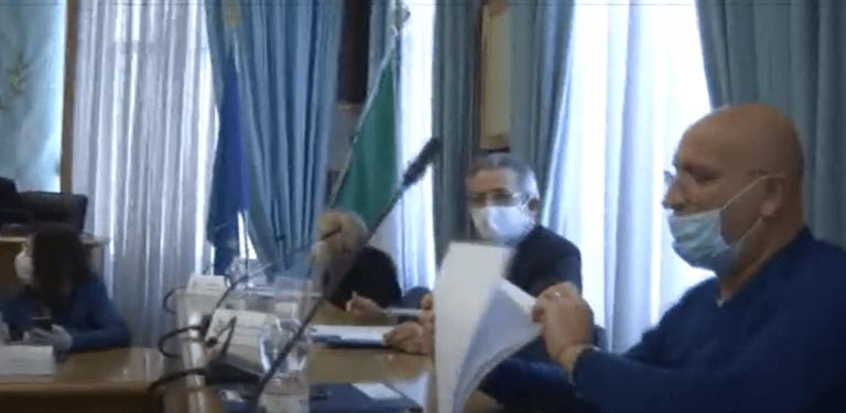 Alba Adriatica, sicurezza e spiagge libere: Marconi chiede le dimissioni del vice-sindaco