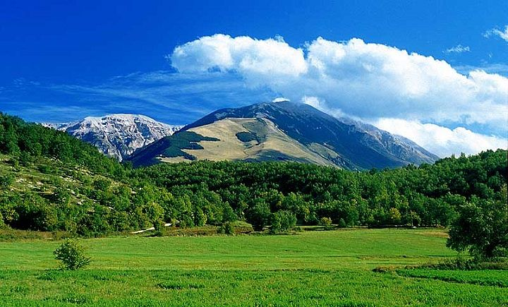 Ferragosto in Abruzzo, boom di presenze in montagna e nei Parchi