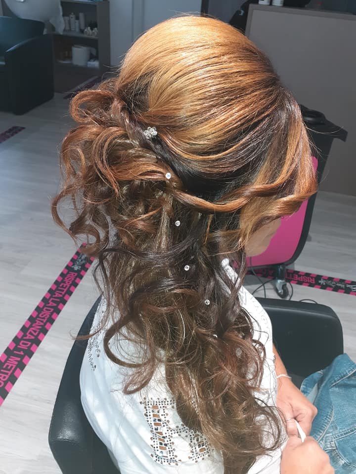 Elisa Hair Style: professionista nelle acconciature