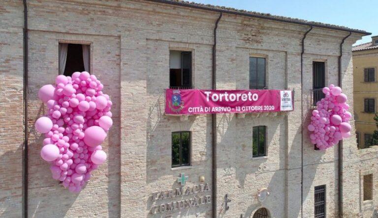 Tortoreto in rosa: entro il 2 ottobre le domande per il concorso sugli addobbi