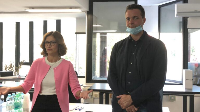 """Elezioni Montorio, Mariastella Gelmini a supporto di Altitonante. """"Se scuole riaprono è merito degli operatori"""" FOTO VIDEO"""