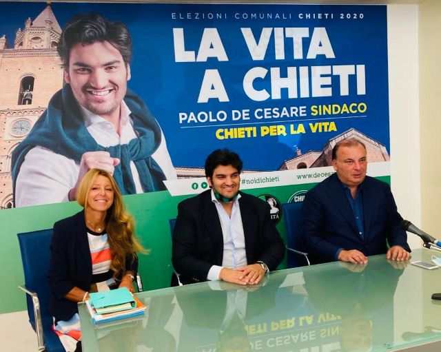 Elezioni Chieti, Paolo De Cesare incassa il sostegno dell'europarlamentare Fulvio Martusciello e Paola Di Salvatore