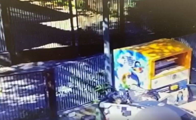 """Rifiuti abbandonati: donna """"sorpresa"""" dalle foto trappole a Sant'Onofrio VIDEO"""