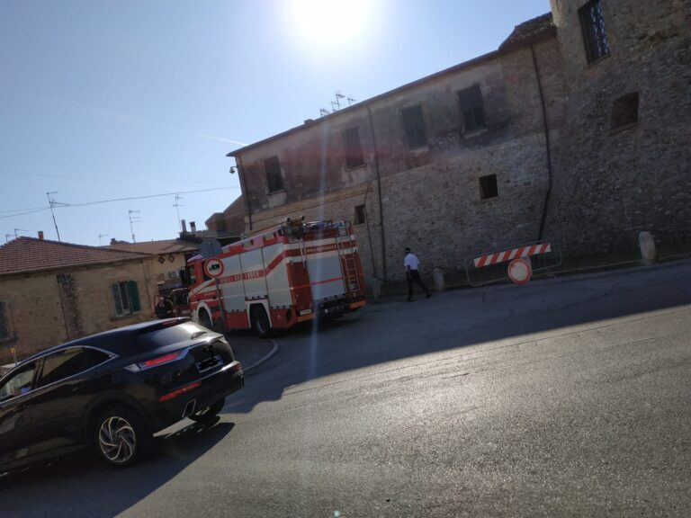 Giulianova, sgombero di due famiglie alla Rocca