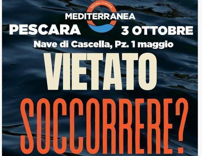 Pescara, flash-mob alla nave di Cascella per il soccorso dei migranti in mare