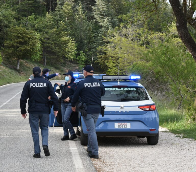 Avezzano, condannato per furto: la polizia lo rintraccia in casa di parenti
