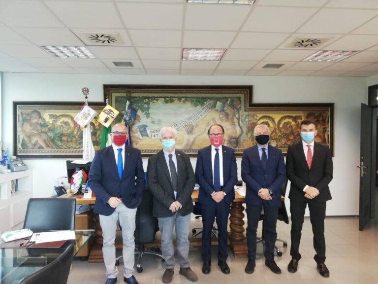 Teramo, firmata convezione tra Cna Abruzzo ed UniTe per crediti e sconti sulle tasse