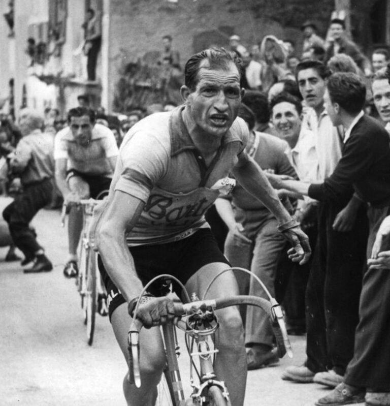Giro d'Italia: Tortoreto dedica una mostra fotografica a Gino Bartali