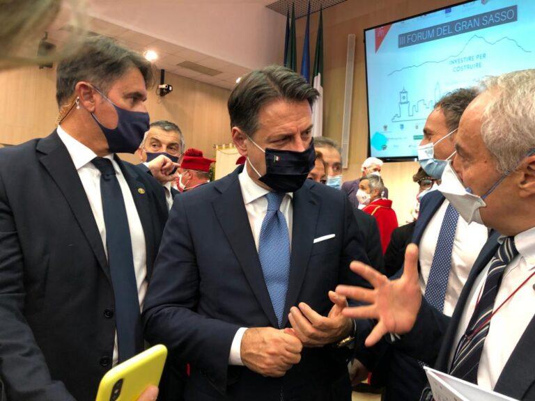 """Teramo, il premier Conte: """"Betafence azienda in utile, serve ricostruzione veloce"""" VIDEO"""