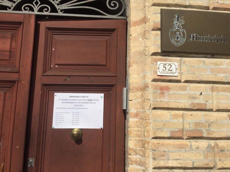 Organizzazione uffici comunali. Sant'Omero Futura: amministrazione non informa